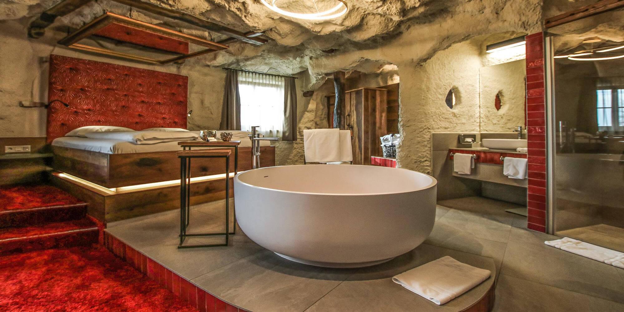 Crea-Plan-Design-Rauch-Frühmann-Architektur-Innenarchitektur-Design-Projekt-Referenz-Hotelerie-Gastronomie-Hotel-Bergergut-Zimmer-C