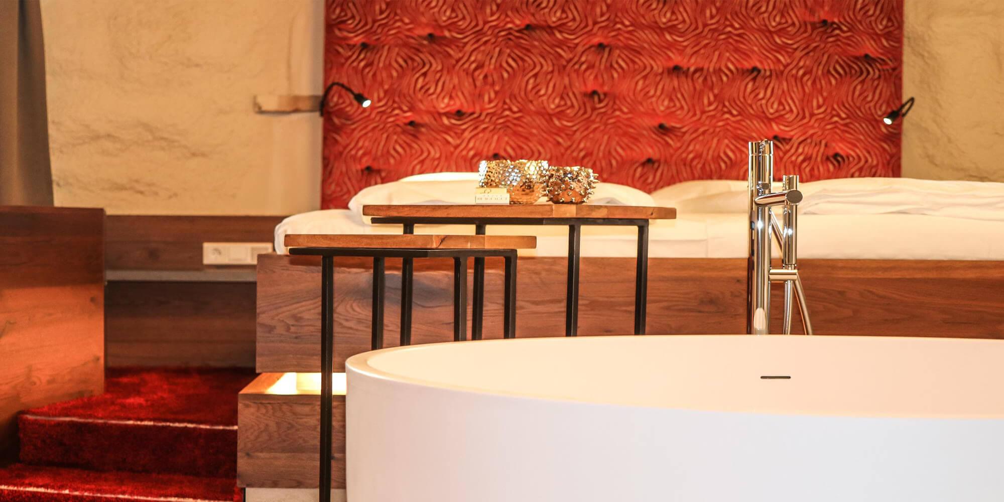 Crea-Plan-Design-Rauch-Frühmann-Architektur-Innenarchitektur-Design-Projekt-Referenz-Hotelerie-Gastronomie-Hotel-Bergergut-Zimmer-E