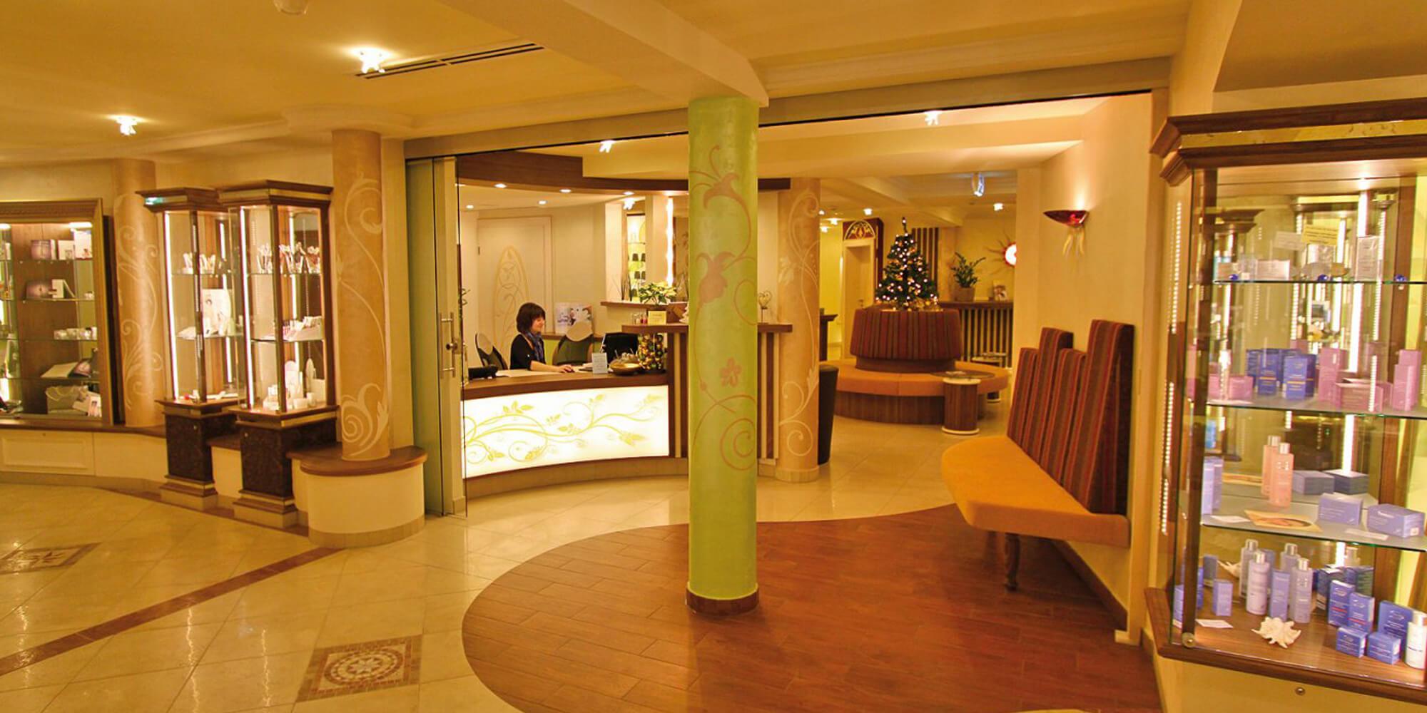 Crea-Plan-Design-Rauch-Frühmann-Architektur-Innenarchitektur-Design-Projekt-Referenz-Hotelerie-Gastronomie-Hotel-Bergknappenhof-Beauty-1
