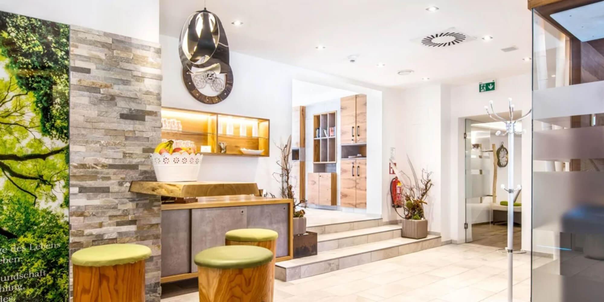 Crea-Plan-Design-Rauch-Frühmann-Architektur-Innenarchitektur-Design-Projekt-Referenz-Hotelerie-Gastronomie-Hotel-Donauschlinge-Wellness-1