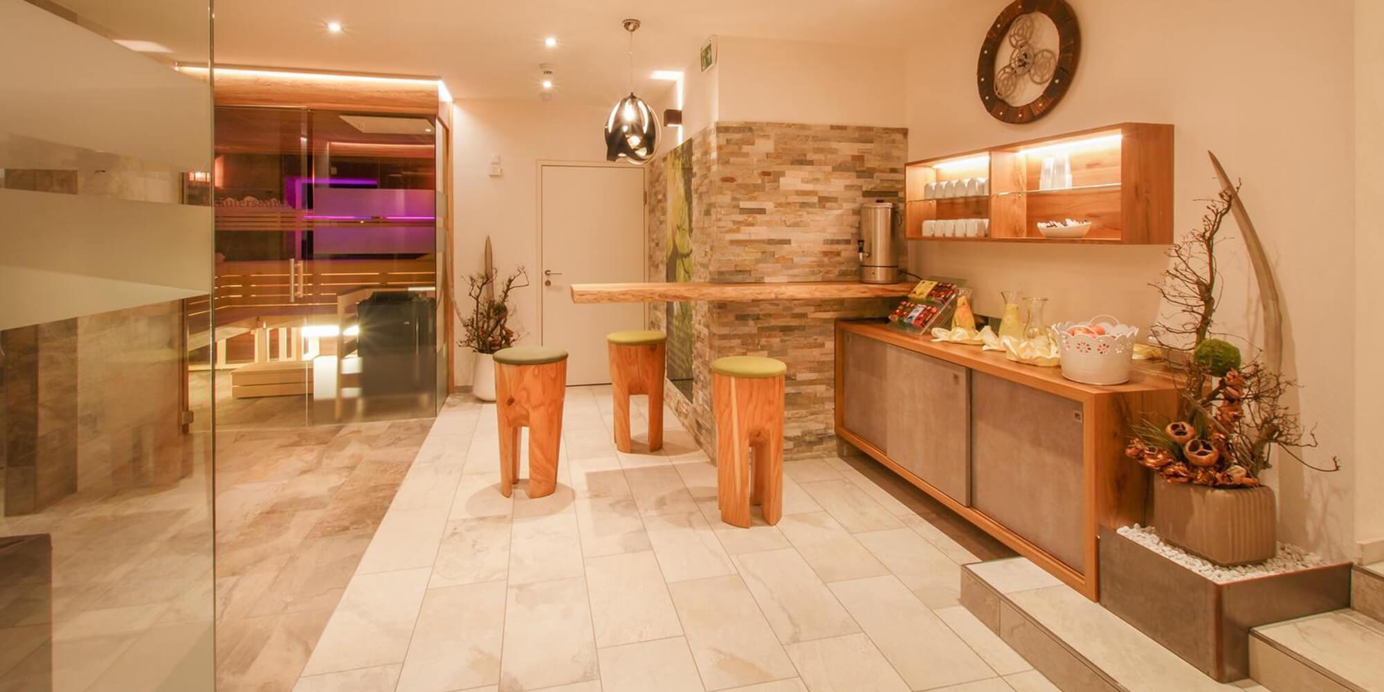Crea-Plan-Design-Rauch-Frühmann-Architektur-Innenarchitektur-Design-Projekt-Referenz-Hotelerie-Gastronomie-Hotel-Donauschlinge-Wellness-2