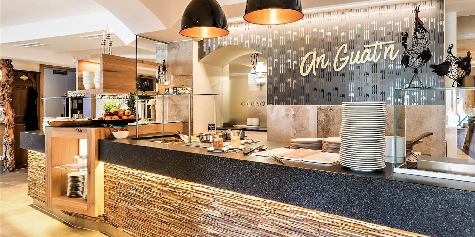 Crea-Plan-Design-Rauch-Frühmann-Architektur-Innenarchitektur-Design-Projekt-Referenz-Hotelerie-Gastronomie-Hotel-Guglwald-Buffet-C