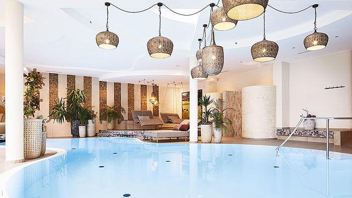 Crea-Plan-Design-Rauch-Frühmann-Architektur-Innenarchitektur-Design-Projekt-Referenz-Hotelerie-Gastronomie-Hotel-Guglwald-Wellness-O-1